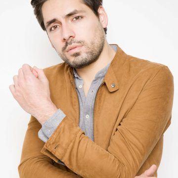 Alejandro Oliva (2)