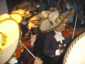 El-grito-de-Mexico-and-Good-luck-Chuck-party38-300x225