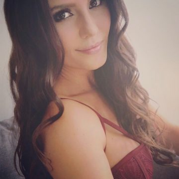 Ana Lucía Domínguez8