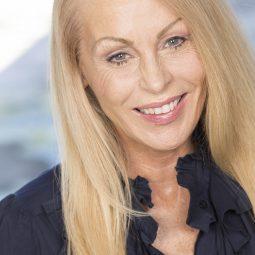 Debra Steinhauer