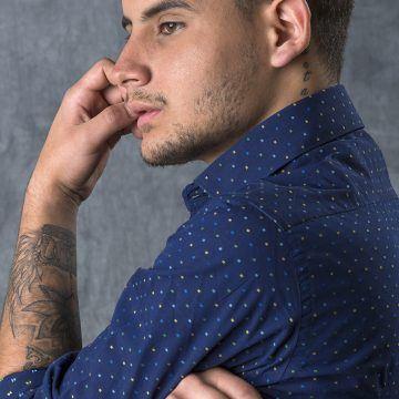 Retratos en estudio- artista de Toño Castillo, prensa, redes y publicaciones- SAAM; 2017