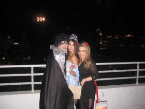 Halloween-2008-My-Saw-V-event-@-Mansion59-300x225