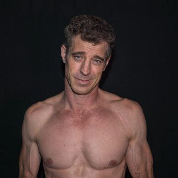 Upper torso without shirt