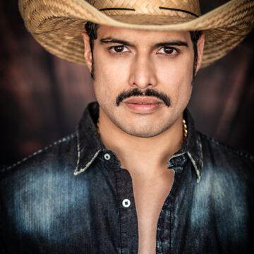 Max Flores 4